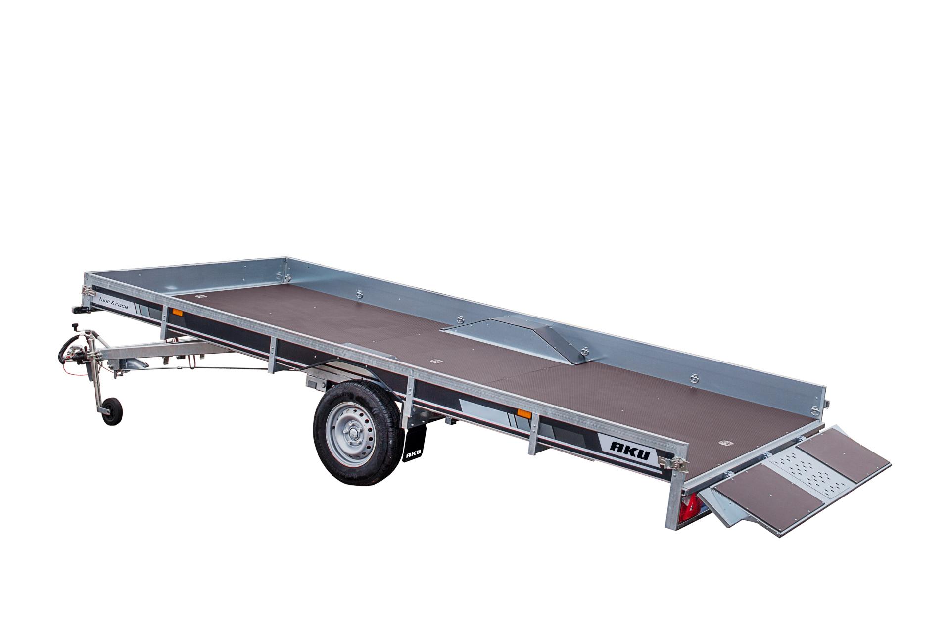 CP430-LB/TOUR & RACE/1400kg EC0196AK [Kuvat ovat havainnollistavia ja kuvien vaunut saattavat sisältää lisävarusteita]